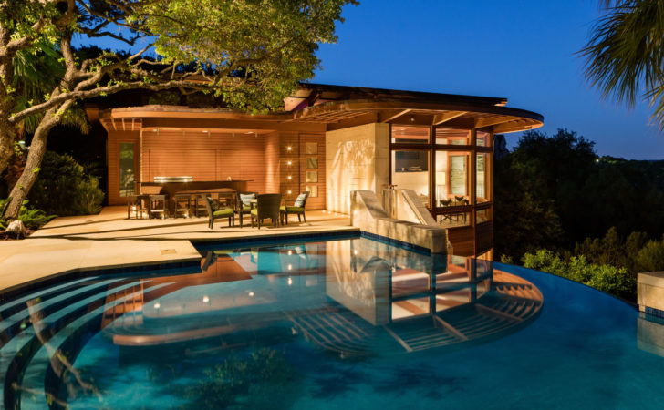 Bidding Starts Buck Luxury Homes Auction