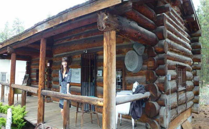 Bloombety Rustic Cabin Designs Traditional