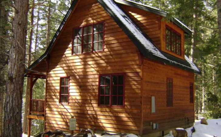 Bloombety Rustic Cabin Designs Window