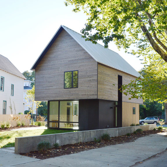 Cedar Home Yale Architects Offers Unique Take