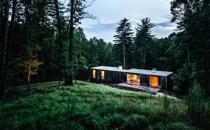 Check Out Striking Carolina Hillside House Lfmmag