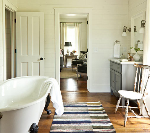 Claw Foot Tub Cottage Bathroom Southern Living