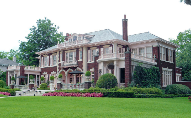Colonial Revival Style Mansion Swiss Avenue Another