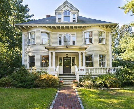 Colonial Style Homes Classic Americana Past