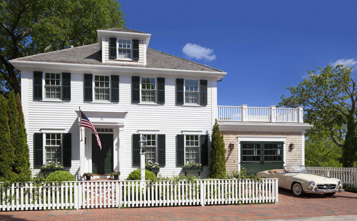Colonial Style House Exuding Calmness Patrick Ahearn
