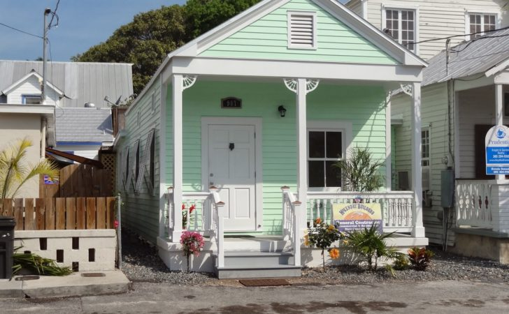 Conch House Style Home Design