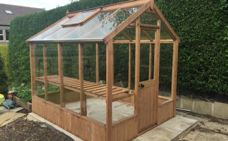 Cotswold Classic Wooden Greenhouse Stores