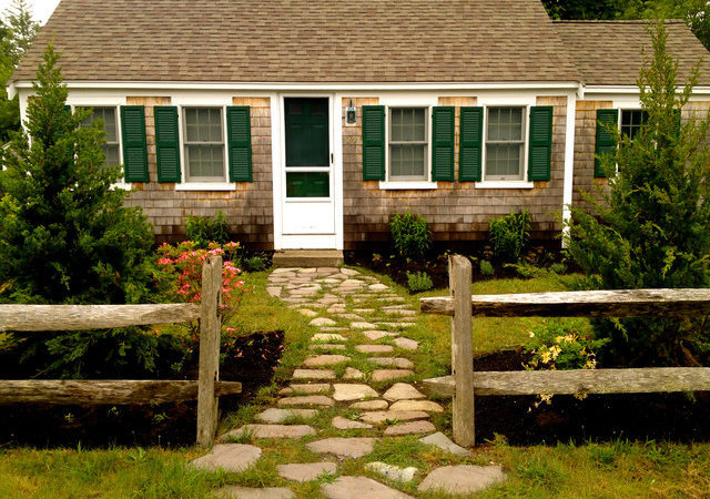 Cottage Style Cape Cod Planting Stepping Stone Path