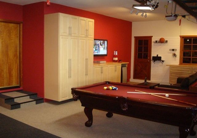 Deluxe Garage Game Room Traditional