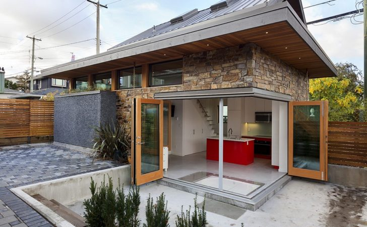 Energy Efficient Contemporary Laneway House Lanefab