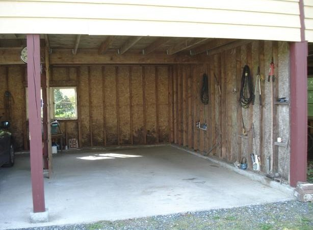 Garage Space Available Rent Courtenay Comox