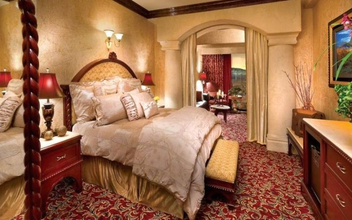 Good Looking Tuscan Style Bedroom Furniture Designs