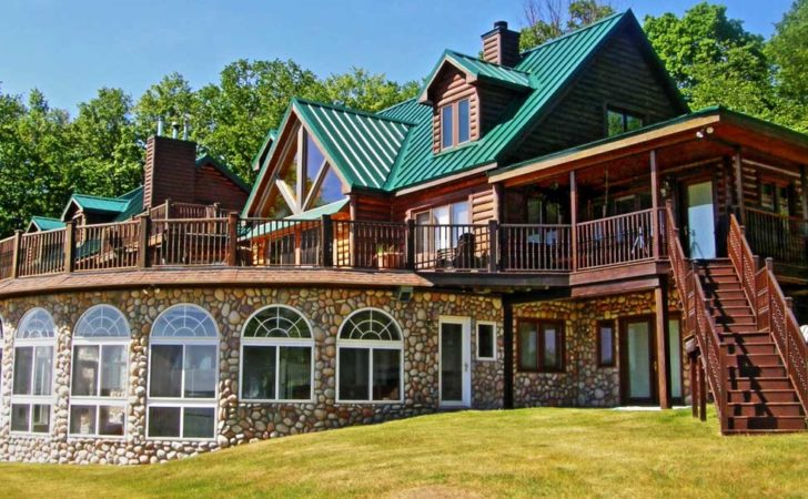 Holiday Vacation Rentals Northern Michigan