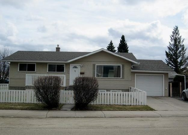 Houses Sale Mother Law Suites Red Deer
