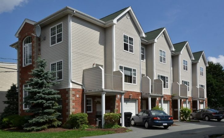 Hunter Street Townhouses East Locations Management