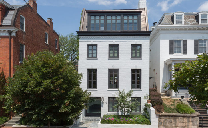 Impeccable Modern Townhouse Georgetown Glass