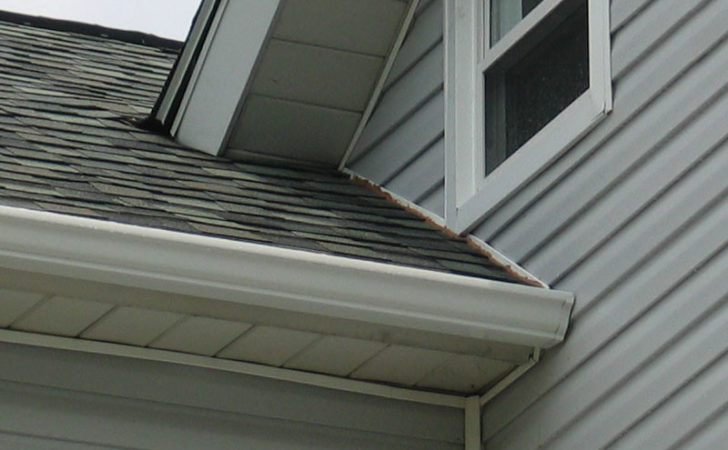 Install Roof Flashing