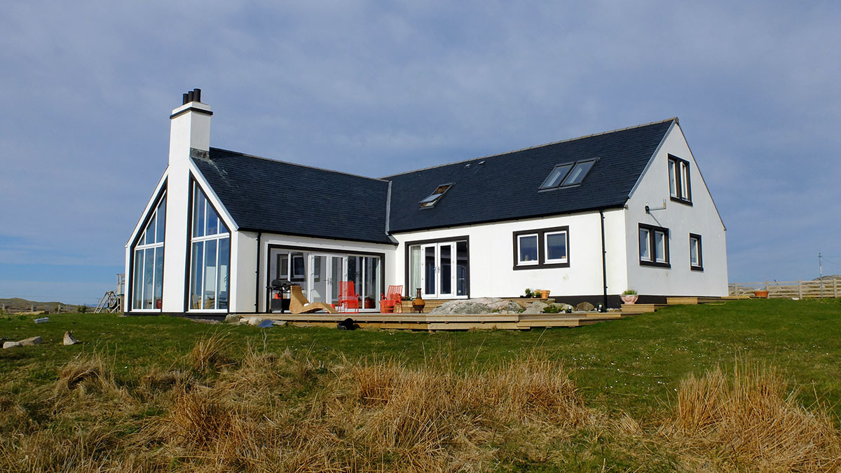 Isle Coll Self Catering Holidays Arrol House