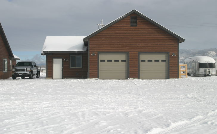 Large Detached Garage Office Space Easy Access