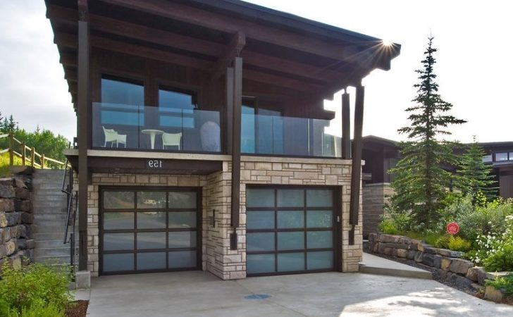 Livable Garages Garage Contemporary Low Sloped Roof