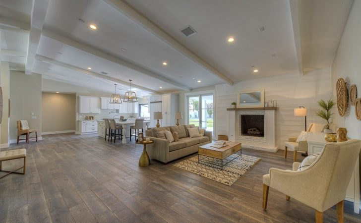 Luxury Ranches High End Homes Suburbanites Not
