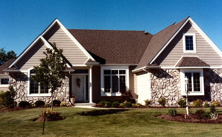 Lynn Delagrange Fort Wayne Indiana Custom Home Builder