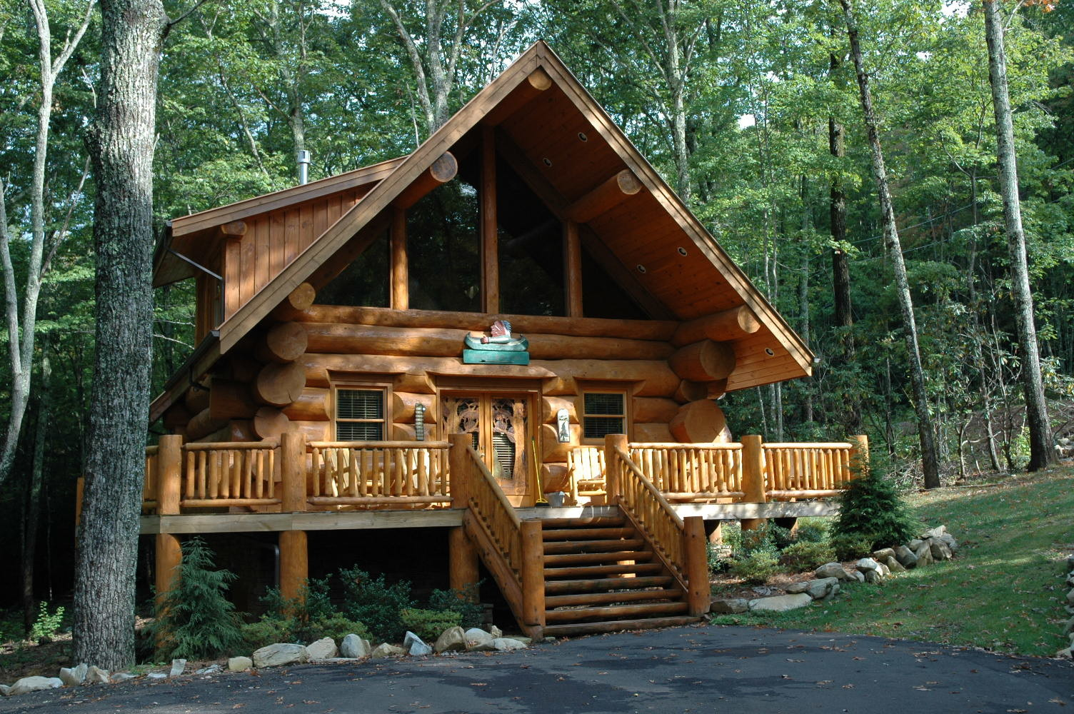 Magical Wood Cabins Inspire Your Next Off Grid Vacay