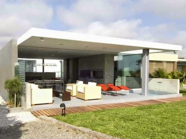 Modern Island House Design Incorporates Outdoor Living