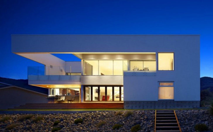 Modern Revolutionary Beach House Designs Iroonie