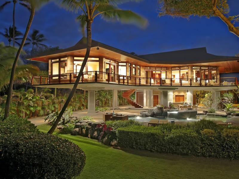 Oceanfront Residence Hawaii Displaying Creative