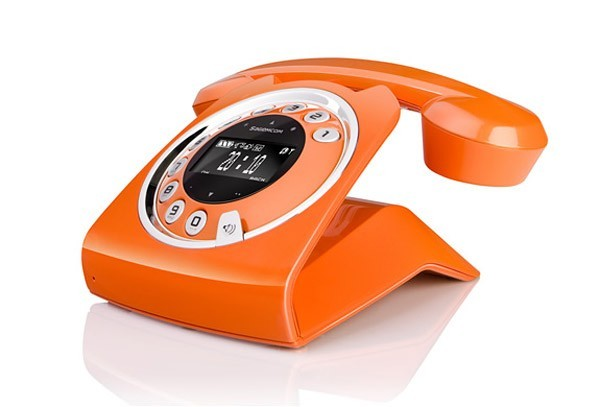 Old School Phone Turned Into Modern Communication Device