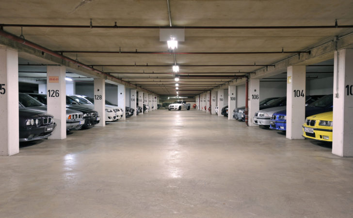 Secret Well Kept Bmw Garage Like Waste Time