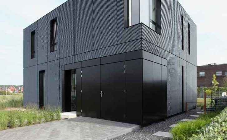 Simple Box Shaped House Patterned Aluminum Facade