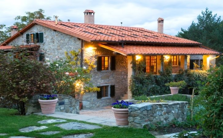 Single Story Small Tuscan Style House Plans Design