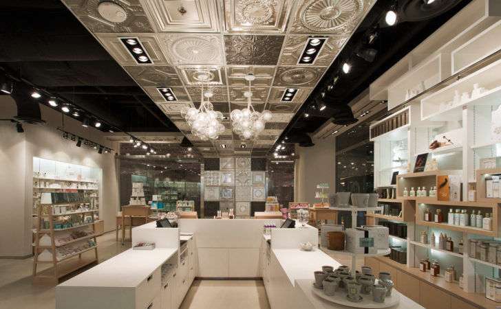 Skins Cosmetics Shop Uxus Design