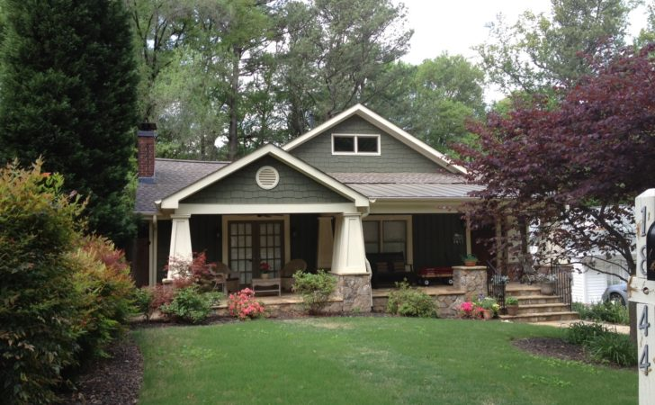 Thinking Painting Your Vintage Brick Ranch